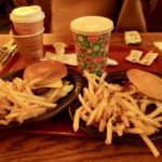 カリフォルニア(アナハイム)ディズニーの食べ物をご紹介!要注意!?ハンバーガーやサンドウィッチばっかりのご飯で飽きちゃう!